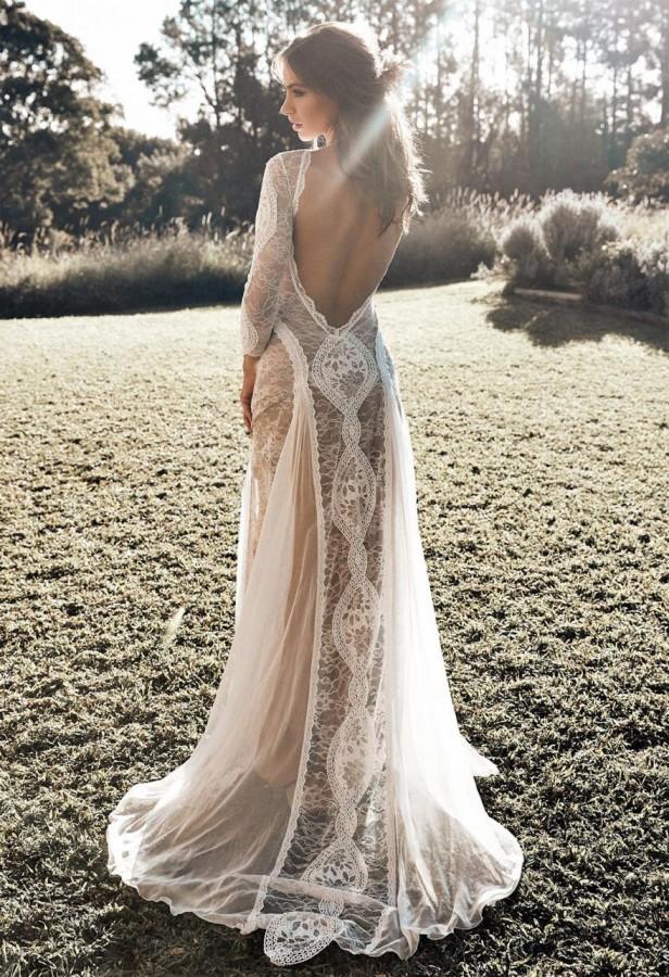 BEACH WEDDING DRESS INSPIRATION - Blog - LAVERSA Filmes